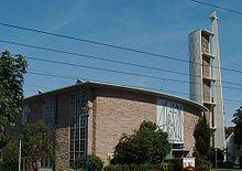 220px-Mannheim-Rheinau-St-Antonius-Kirche
